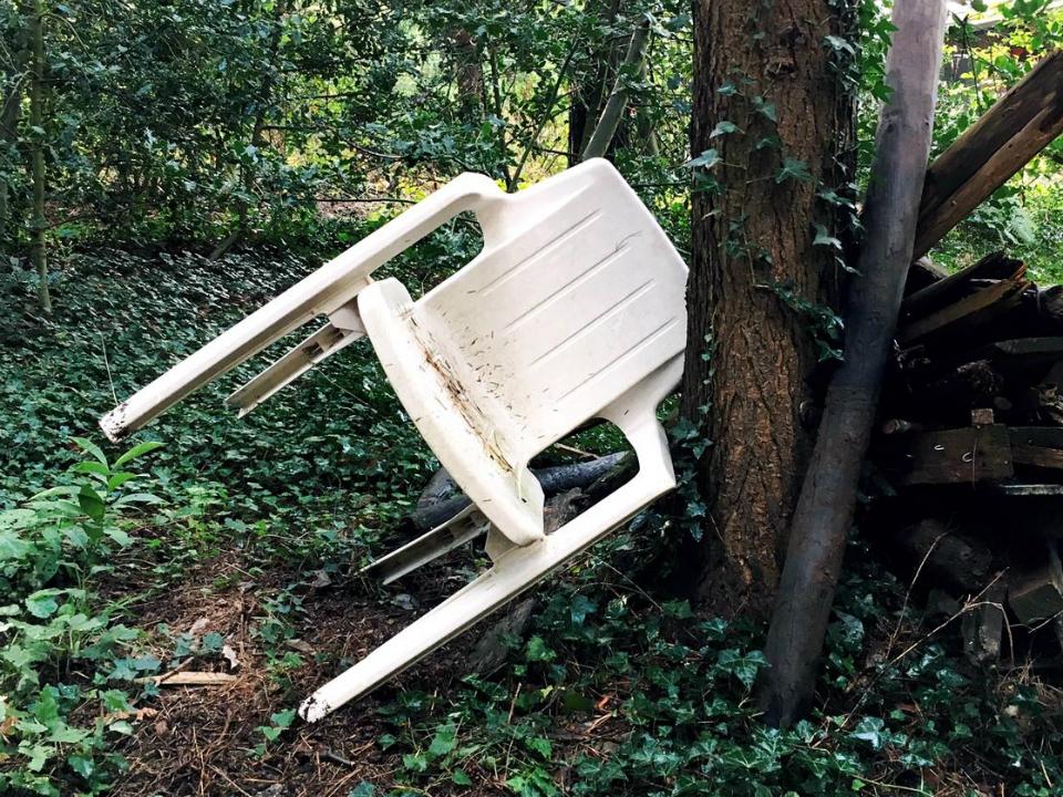 De onverwoestbare plastic stoel